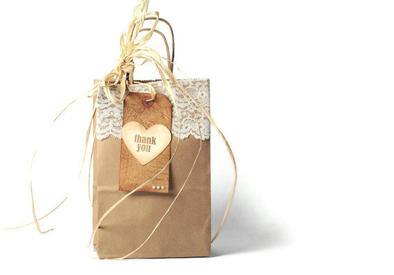 Wedding Gift Paper Bags : ... bags . paper twist handles . wedding . party favors . gift wrap . gift